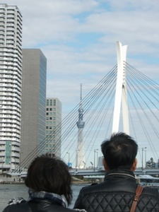 中央大橋とスカイツリー.jpg