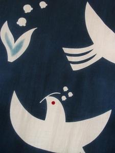 鳥とスズランUP.JPG