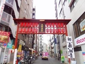 2017初薬師門.JPG