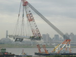 空飛ぶ橋桁.JPG