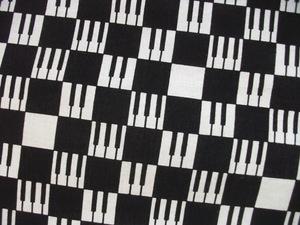 ピアノ市松UP.JPG